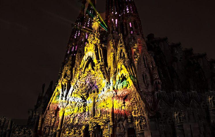 Imagenes Sagrada Familia Navidad.La Navidad Llega A La Sagrada Familia Arzobispado De Barcelona